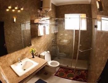 Garden Villa Gurgaon - Bathroom  - #0