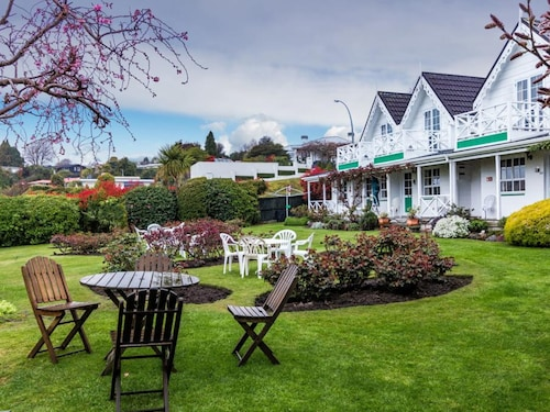 Phoenix Resort, Taupo