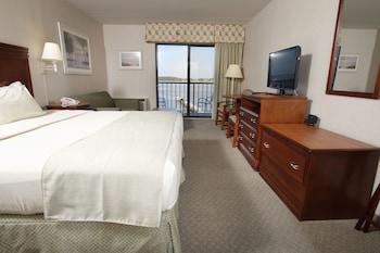 Guestroom at The Bay Resort in Dewey Beach