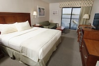 Bayside Room, 1 King and 1 Sofa Bed, Efficiency at The Bay Resort in Dewey Beach