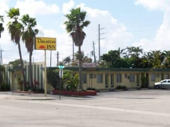 Vacation Inn Motel - Exterior detail  - #0