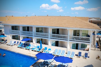 The White Sands Oceanfront Resort & Spa - Outdoor Pool  - #0