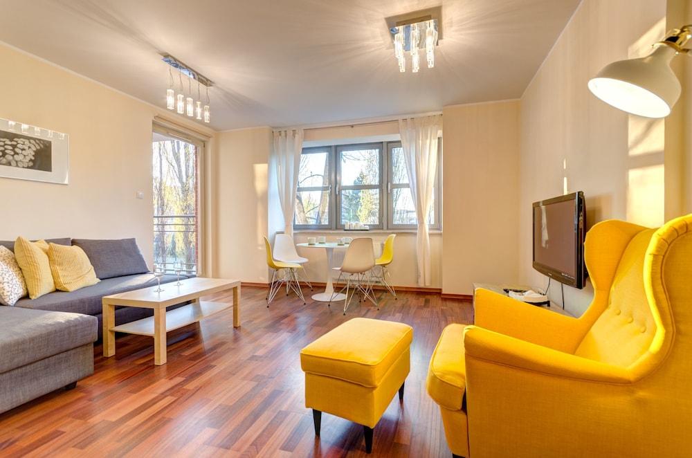 Hotel Dom & House - Apartments Kamienice Nad Motlawa