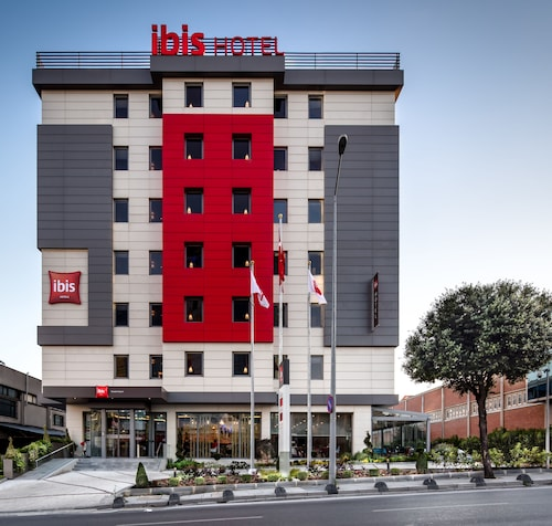 . ibis Istanbul West