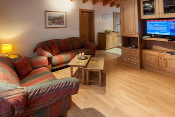 Standard Apartment, 2 Bedrooms, Balcony, Mountain View ((28))