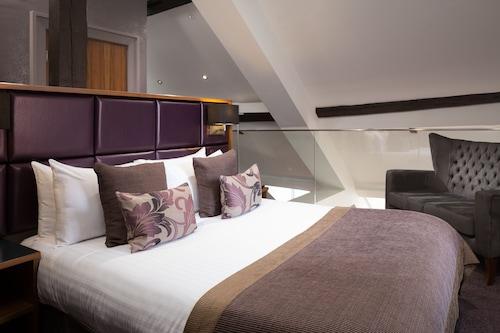 Roomzzz Newcastle, Newcastle upon Tyne