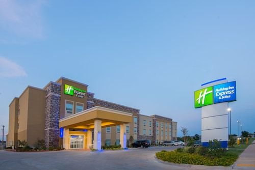 . Holiday Inn Express & Suites Stillwater - University Area