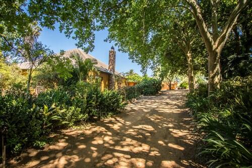 Dirtopia Trail Lodge, Cape Winelands