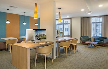 Global Luxury Suites at the Charles River - Business Center  - #0