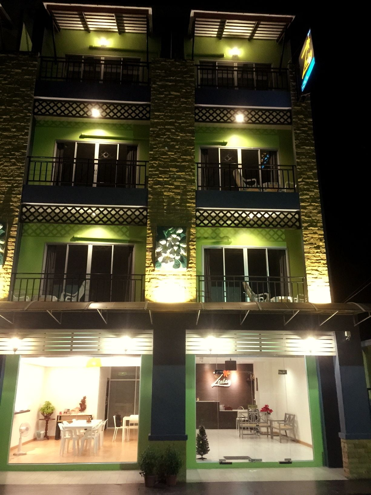 Z-Talay House, Muang Krabi