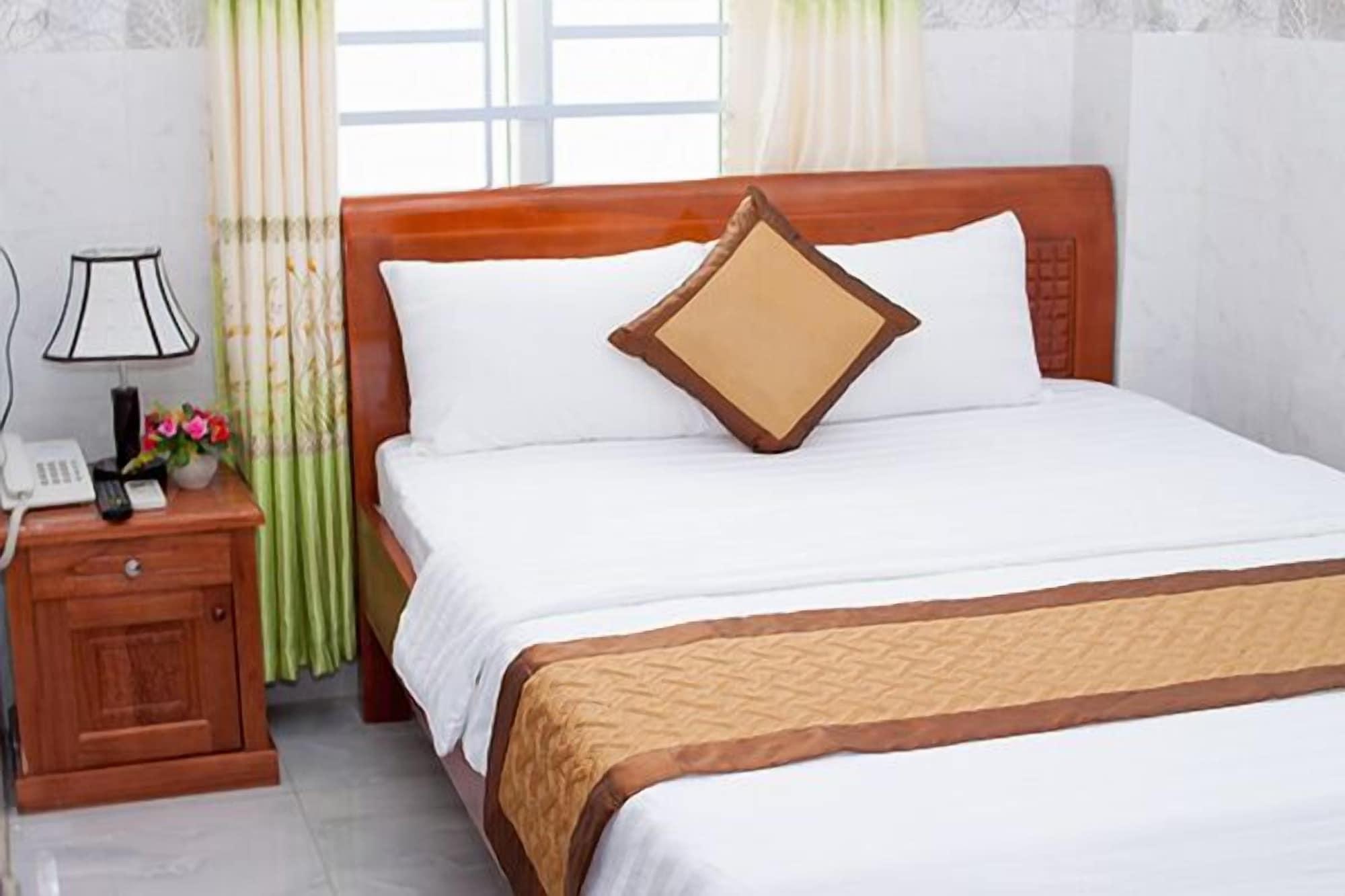 Rise Hotel, Sơn Trà