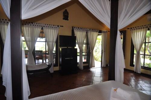 Puri Mangga Sea View Resort & Spa, Buleleng