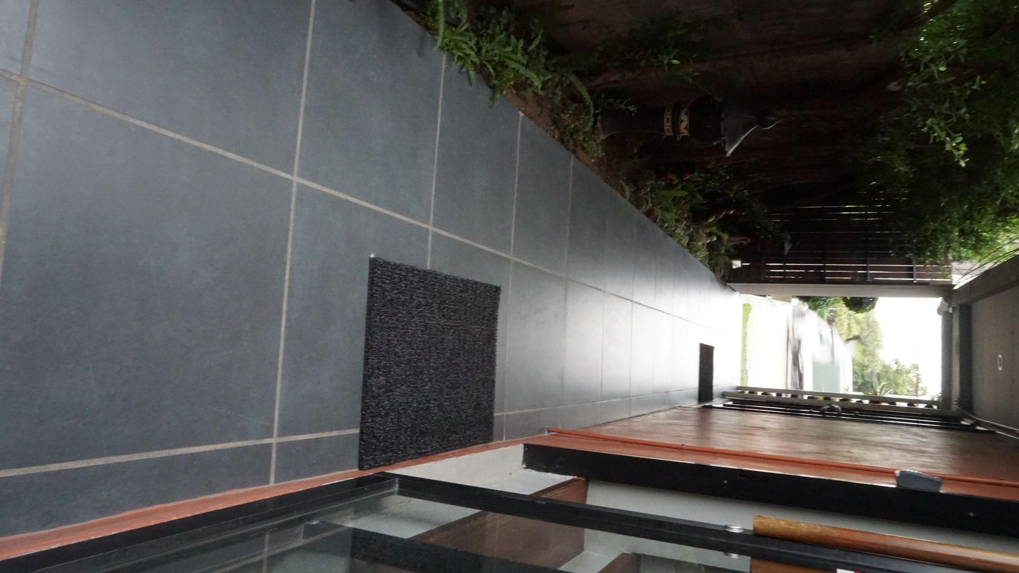 Thongtha Residence, Bang Plee