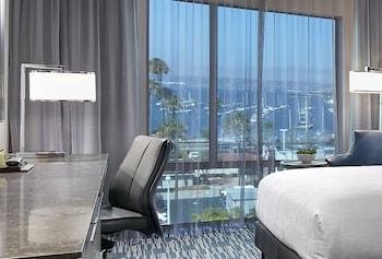 Room, 2 Queen Beds, Harbor View