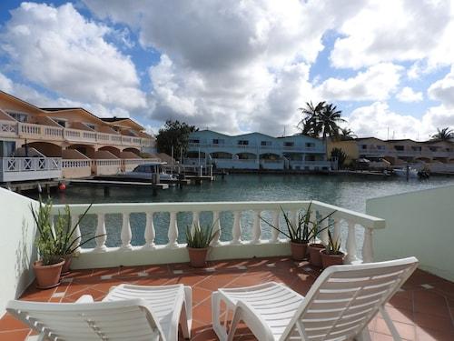 Villa 420C Jolly Harbour