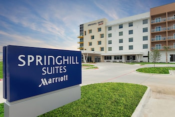 Exterior at SpringHill Suites by Marriott Fort Worth Fossil Creek in Fort Worth