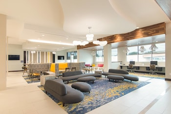 Lobby at SpringHill Suites by Marriott Fort Worth Fossil Creek in Fort Worth