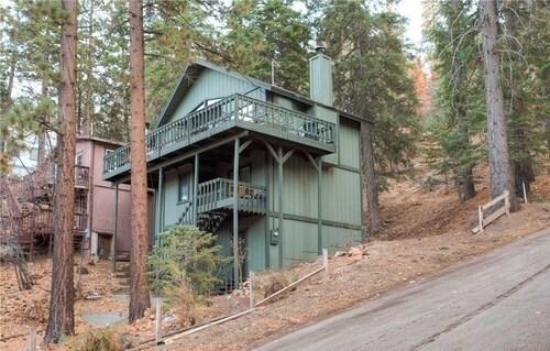 Bear Lassen Chalet, San Bernardino