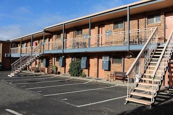 橋景汽車旅館 Bridgeview Motel