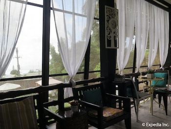 MOUNTAIN BREEZE HOSTEL TAGAYTAY CENTER Interior