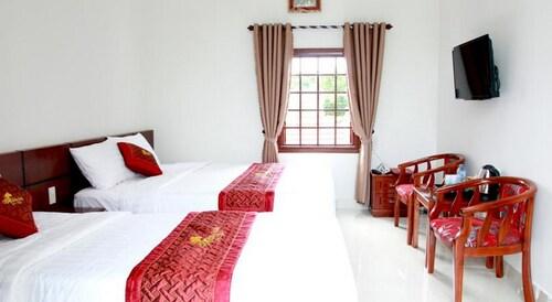 Hoi An Golden Horse Villa, Hội An