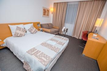 アクラ シティ ホテル