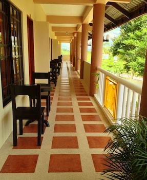 PANGLAO ISLAND FRANZEN RESIDENCES Hallway