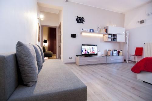 . Apartment Picasso