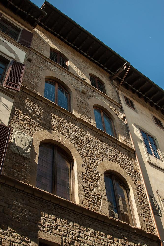 レジデンツァ デポカ ボルゴ アルビツィ