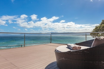 Whale Huys Luxury Oceanfront Villa - Balcony View  - #0