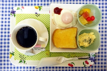 HOTEL LIBERAL -ADULTS ONLY Breakfast Meal