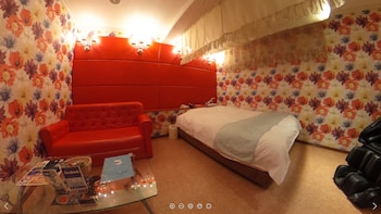 HOTEL LIBERAL -ADULTS ONLY Room