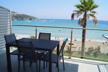 Adonis Macinaggio - Balcony  - #0