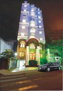 The Airport Hotel - Hotel Front - Evening/Night  - #0