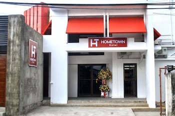Hometown Hotel Bacolod - Lacson - Hotel Front  - #0