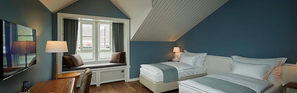 https://i.travelapi.com/hotels/14000000/13400000/13393200/13393188/f875756f_z.jpg
