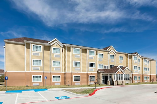 . Microtel Inn and Suites by Wyndham Monahans
