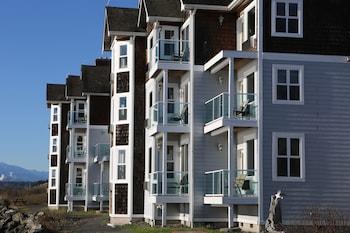 tides inn suites port townsend wa. Black Bedroom Furniture Sets. Home Design Ideas