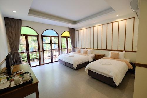. Baan Imm Sook Resort
