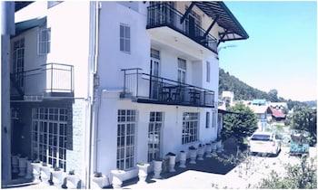 La Cottage Boutique Hotel & Restaurant - Exterior  - #0