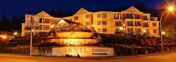 Hotel - The Grand Hotel Nanaimo