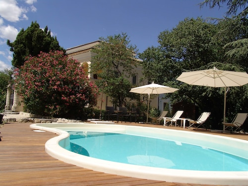 . Villa Pardi