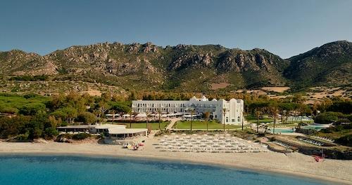 . Falkensteiner Resort Capo Boi