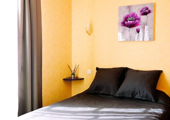 Hôtel de la poste - Guestroom  - #0