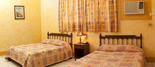 . Hotel del Valle