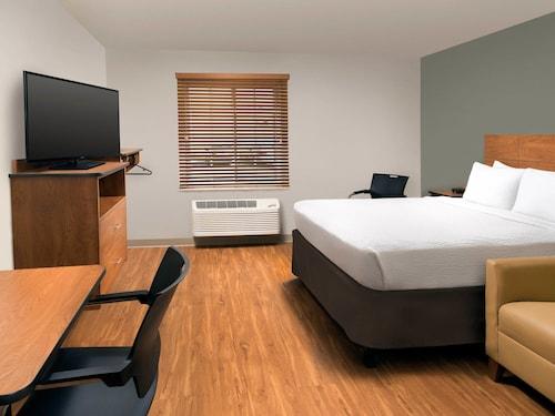 WoodSpring Suites Grand Rapids South, Kent
