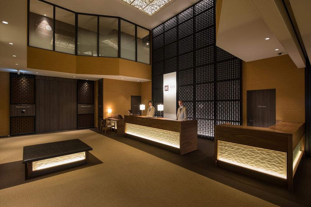 https://i.travelapi.com/hotels/14000000/13440000/13436000/13435910/b42788fc_z.jpg