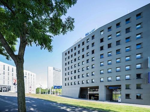 Bazylea - ibis budget Basel City - z Wrocławia, 2 kwietnia 2021, 3 noce