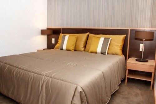 Hotel Ritz Capital, Ingombota