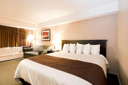 . Broadway Lodge Hotel